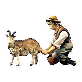 Pastore che munge una capra per presepe Original legno dipinto in Val Gardena 12 cm s1