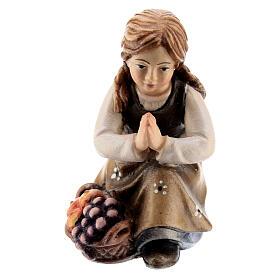 Bambina inginocchiata legno dipinto presepe Kostner 12 cm s1