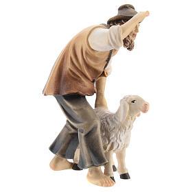 Berger avec mouton bois peint crèche Kostner 12 cm s4