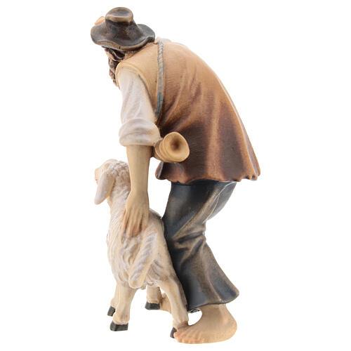 Berger avec mouton bois peint crèche Kostner 12 cm 5