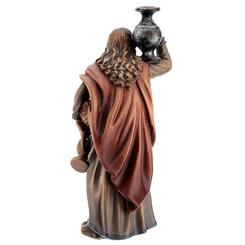 Mujer con jarra madera pintada Kostner belén 12 cm 5