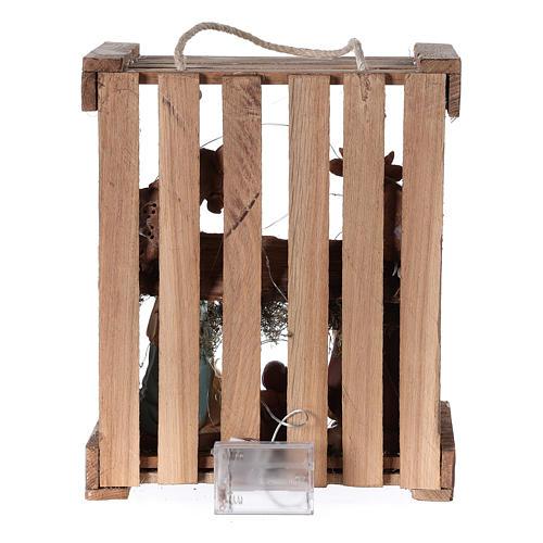 Natività presepe 20 cm Deruta in cassetta di legno e muschio con luci 5
