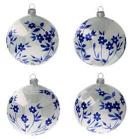 Boule Noël blanche fleurs bleues stylisées verre soufflé 100 mm 4 pcs s1