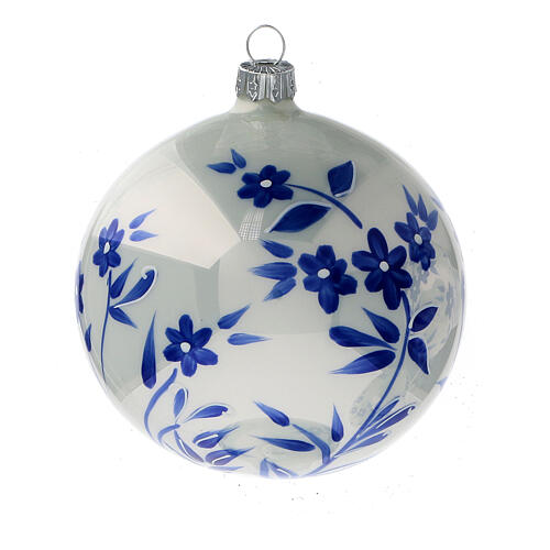 Pallina Natale bianca fiori blu stilizzati vetro soffiato 100 mm 4 pz 3