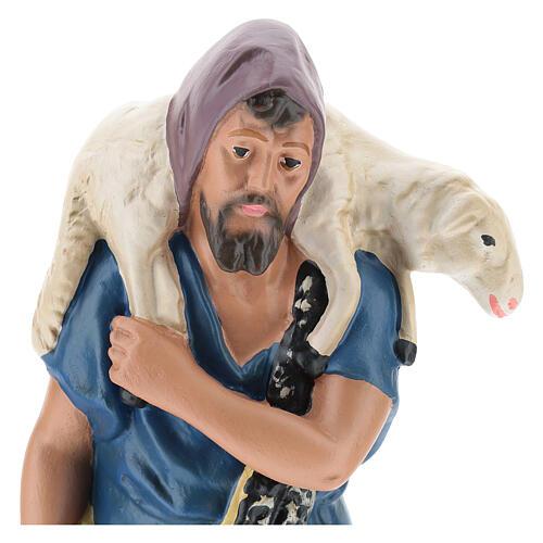 Shepherd with sheep on his shoulders in plaster for Arte Barsanti Nativity Scene 30 cm 2