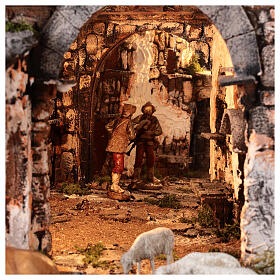 Aldeia medieval com espelho e figuras altura média 12 cm; medidas: 56x77x48 cm s6