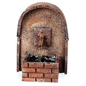Fonte de água com cobertura em arco miniatura cortiça para presépio com figuras de altura média 8-10 cm, medidas: 14x10x11,5 cm s1