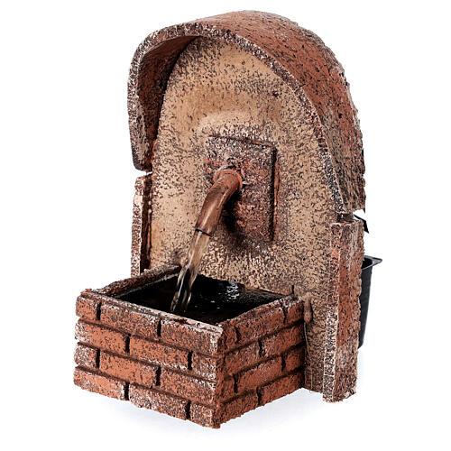 Fonte de água com cobertura em arco miniatura cortiça para presépio com figuras de altura média 8-10 cm, medidas: 14x10x11,5 cm 3