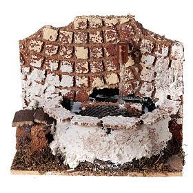 Fontana circolare con pompa 10x15x10 cm per presepe 8-10 cm s1