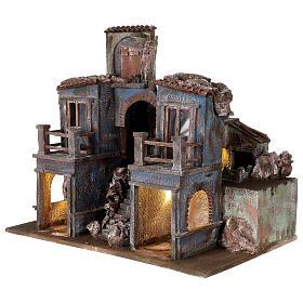 Village crèche éclairé avec arcade et balcons 55x60x45 cm pour santons 12 cm s3