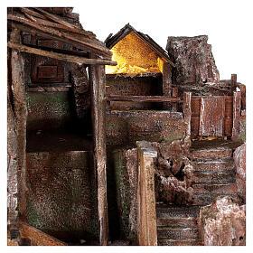 Borgo presepe illuminato con stalla 45x50x40 per statue 10 cm s2