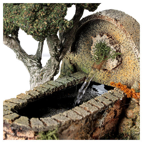 Working fountain and tree for Nativity Scene 8-10 cm 15x10x20 cm 2