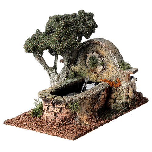 Working fountain and tree for Nativity Scene 8-10 cm 15x10x20 cm 3