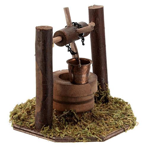 Pozzo carrucola secchio movibile legno scuro presepi 10 cm 2