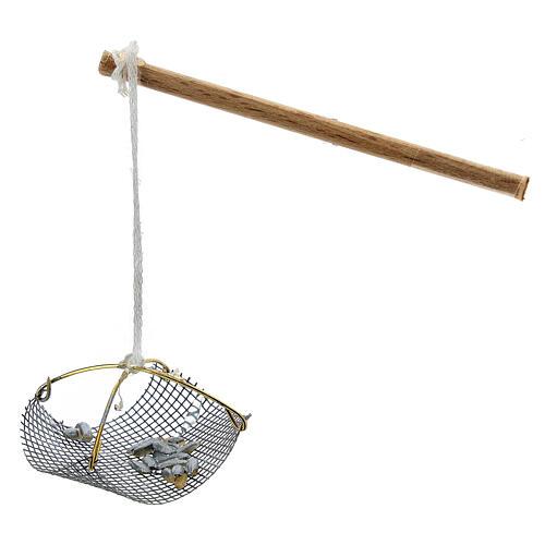 Balance pêcheur avec poissons pour crèche 8-10 cm 1