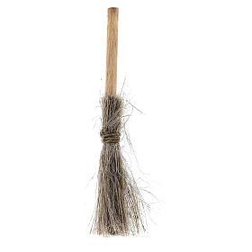 Straw broom h 8 cm for Nativity Scene with 10-12 cm figurines s1