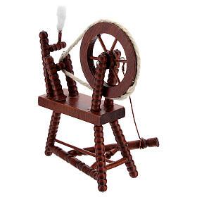 Roda de fiar com lã em miniatura madeira cor mogno para presépio com figuras altura média 10 cm s4