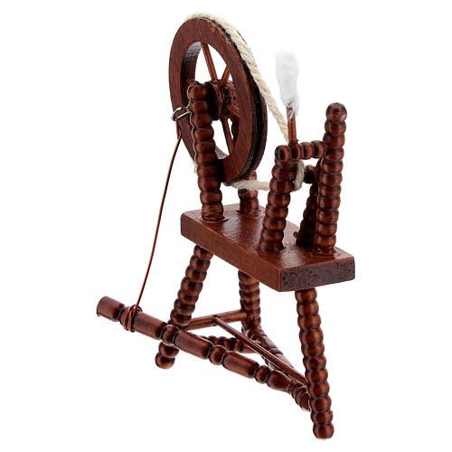 Roda de fiar com lã em miniatura madeira cor mogno para presépio com figuras altura média 10 cm 5