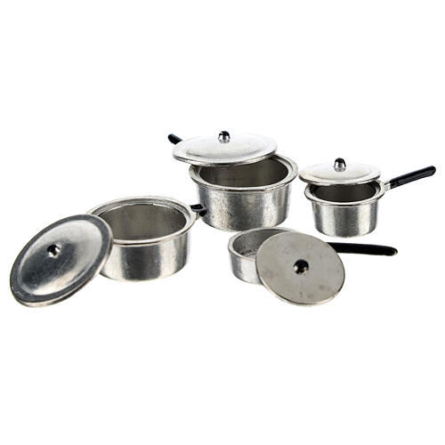 Set of 4 metal cooking pots for Nativity Scene with 6-8 cm figurines 2
