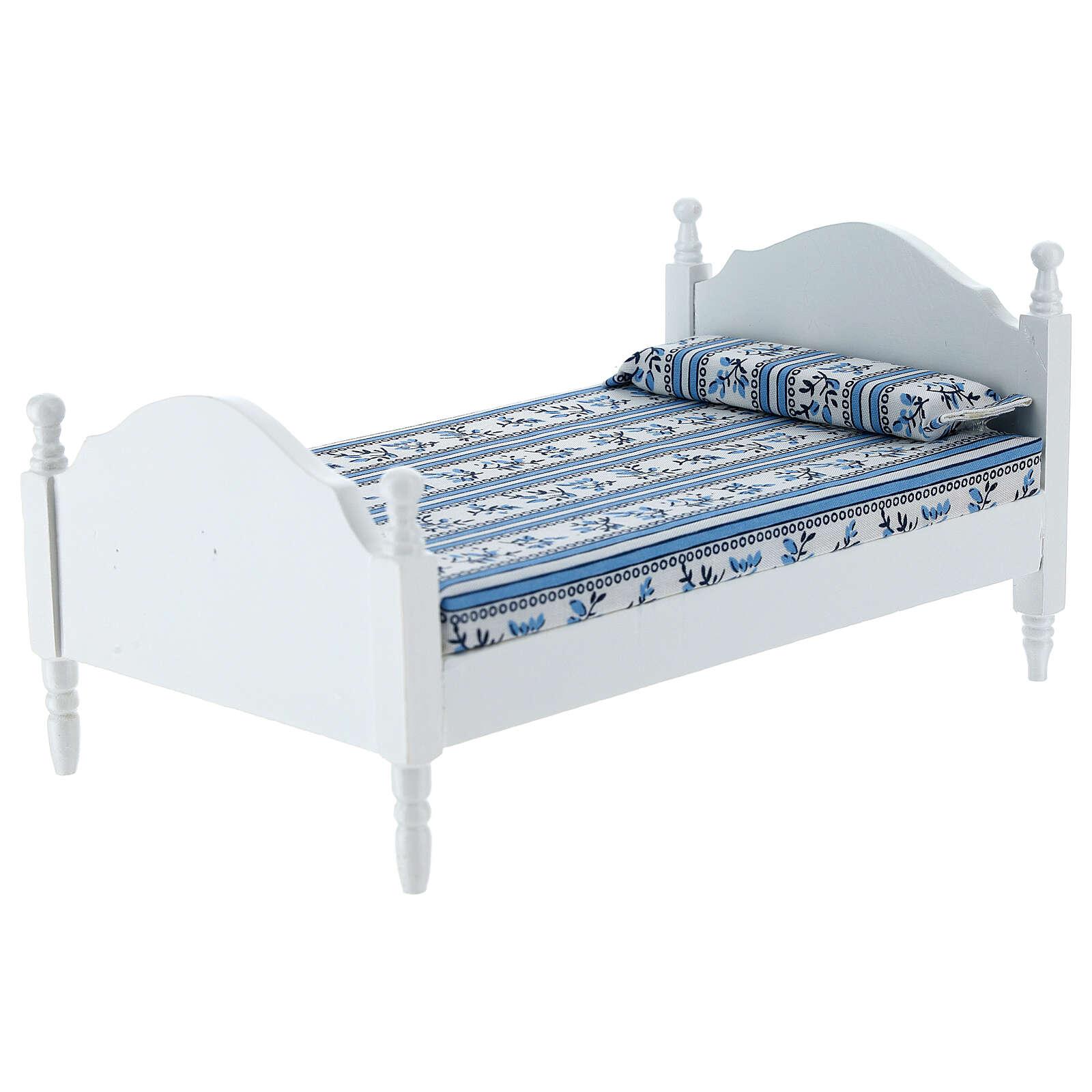 White bed with blanket Nativity scene 16 cm 4