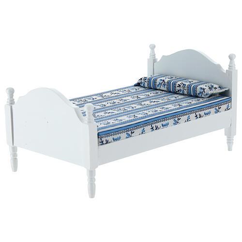 White bed with blanket Nativity scene 16 cm 2