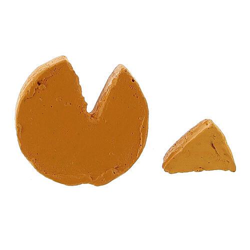 Fromage avec morceau coupé crèche 8-10 cm 3