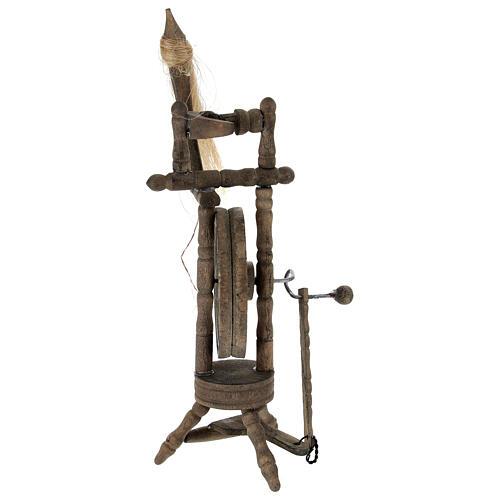 Wooden spinning wheel h 14 cm for Nativity scene 4