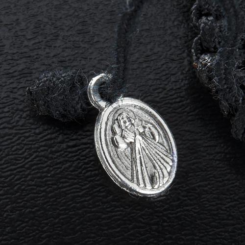 Bransoletka ze sznurka medalik serce 3