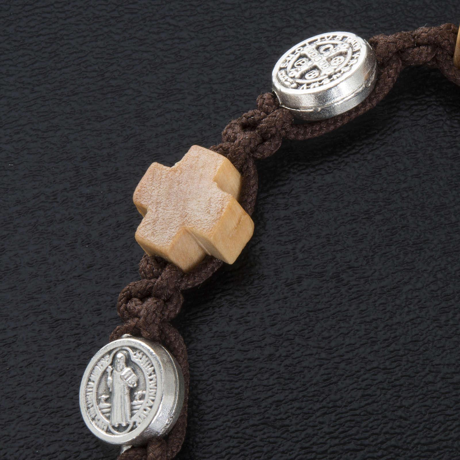 Bracelet dizainier croix et médailles St Benoit 4