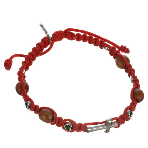 Bracelet with cross, hearts and olive wood grains 12