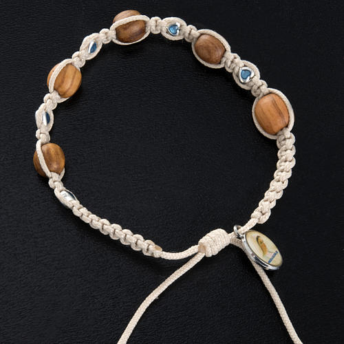 Bracelet with olive wood and coloured hearts 2