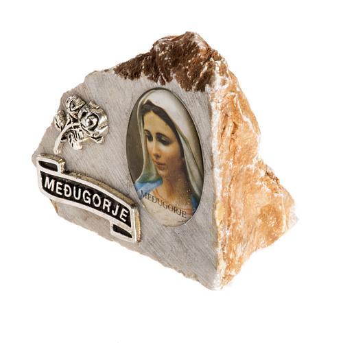 Immagine di Maria su pietra 3