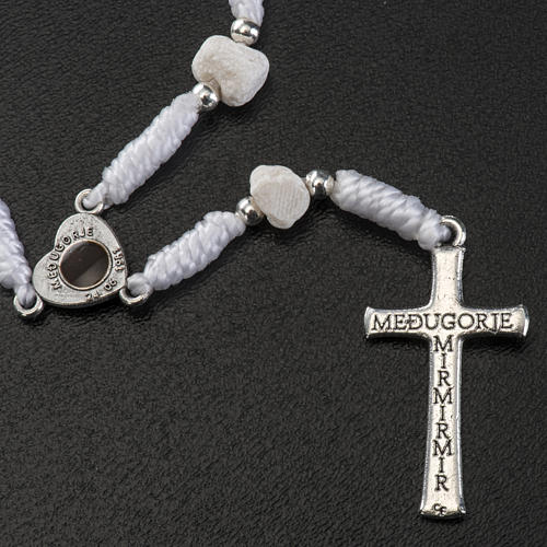 Dziesiątka Medjugorje kamień sznurek biały łącznik serce 3