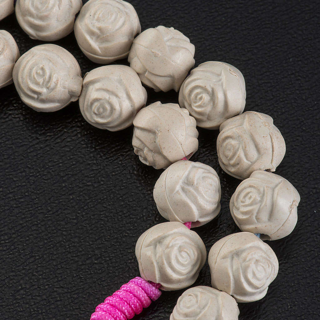Chapelet Medjugorje pvc roses corde multicolore 4