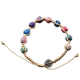 Bracelets, dizainiers: Bracelet Medjugorje fimo sur corde beige