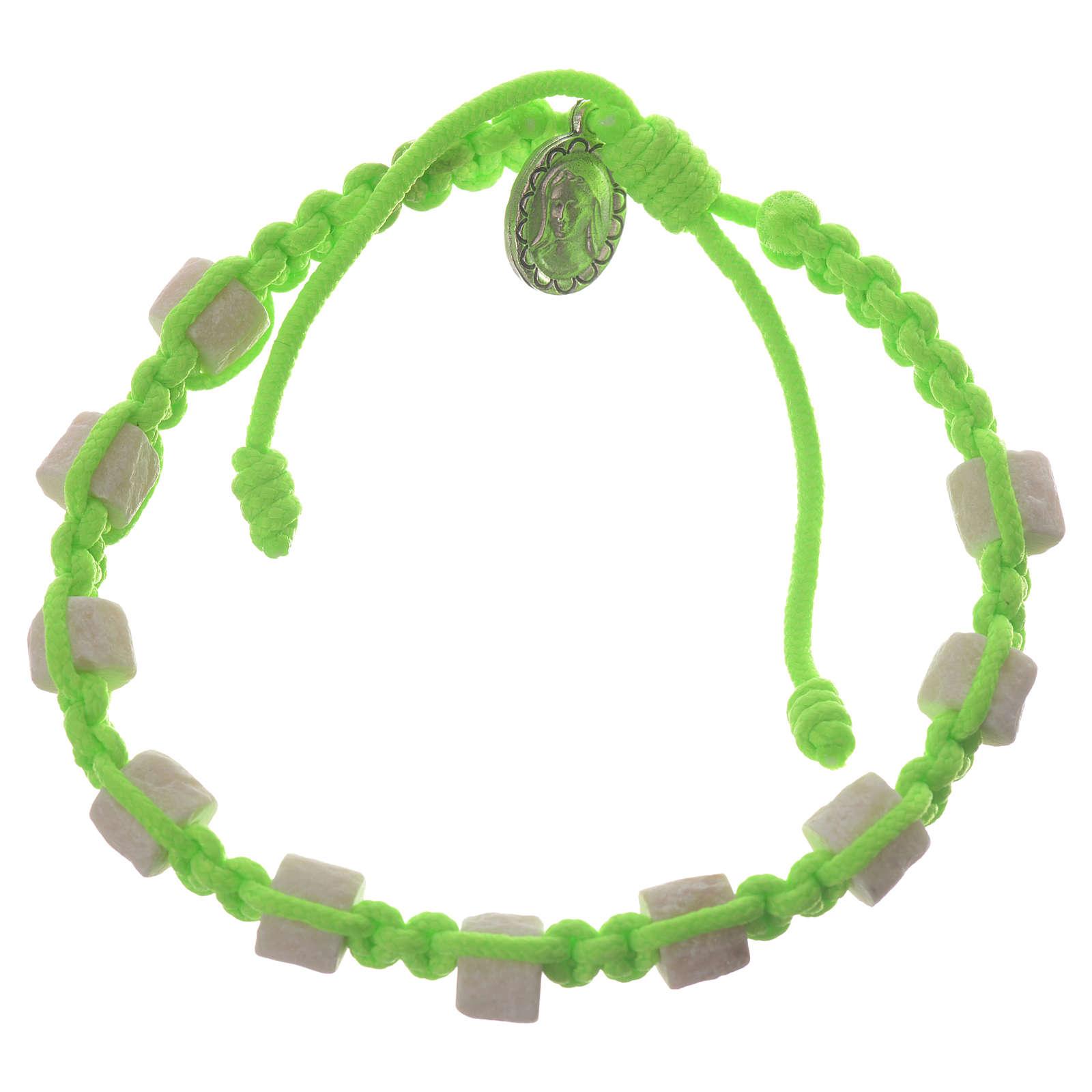 Bracciale Medjugorje corda verde grani in sasso 4