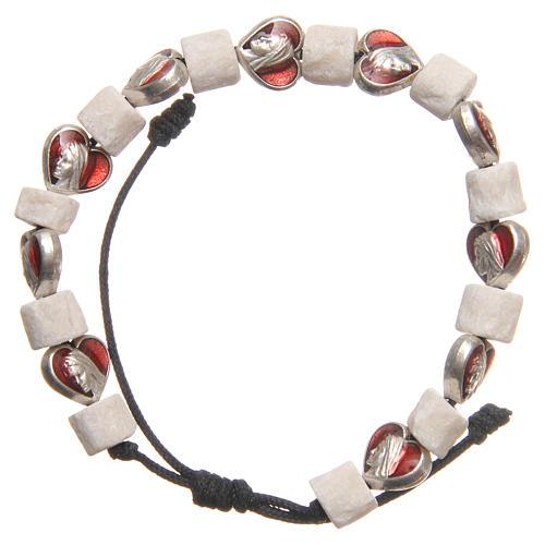 Pulsera piedra blanca Medjugorje y corazones 1