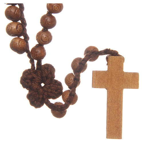 Medjugorje rosary with cross in wood and grains measuring 9mm 2