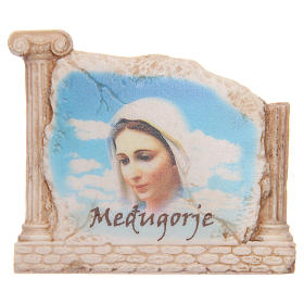 Calamita volto Madonna Medjugorje e colonne s1