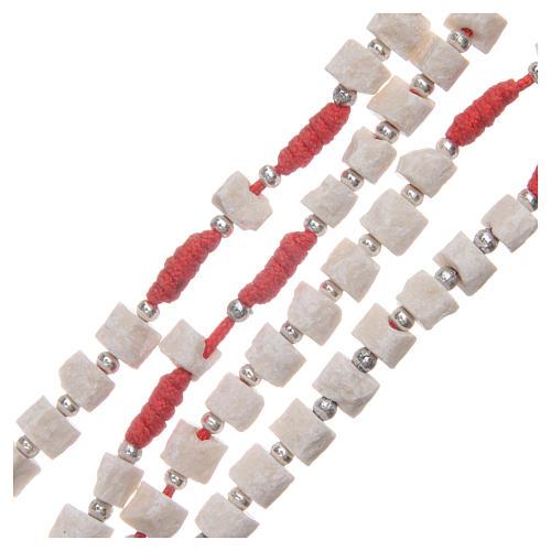 Rosario pietra bianca di Medjugorje con corda rossa 3