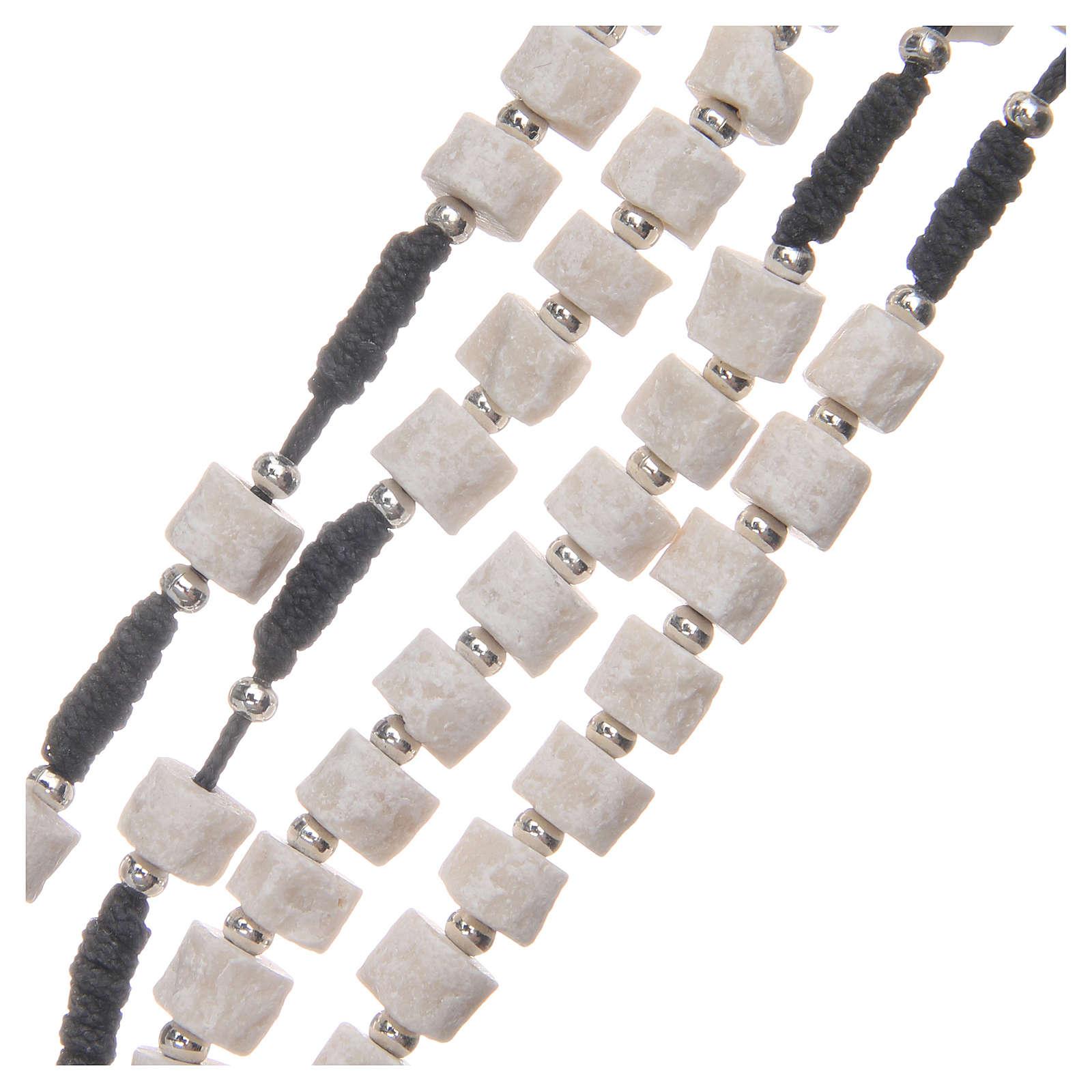 Chapelet pierre blanche de Medjugorje avec corde noire 4