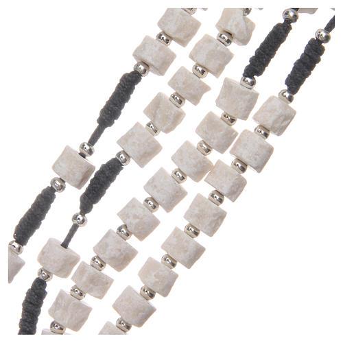 Rosario pietra bianca di Medjugorje con corda nera 3
