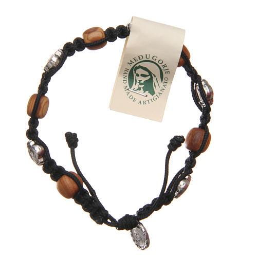 Bracelet bois d'olivier croix Saint Benoît corde noire 1