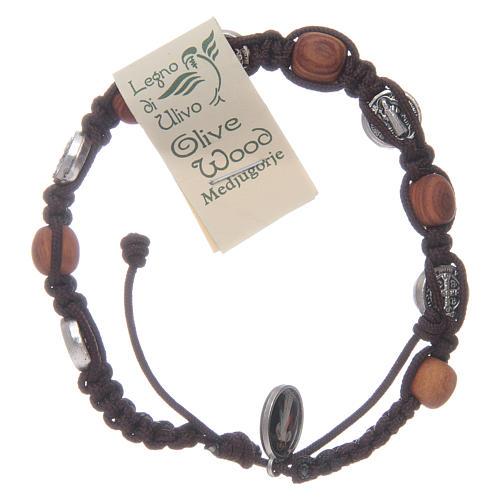 Bracelet bois d'olivier croix Saint Benoît corde marron 2