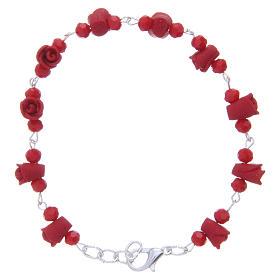 Bracelets, dizainiers: Bracelet Medjugorje rouge roses céramique grains cristal