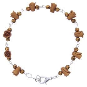 Bracelets, dizainiers: Bracelet Medjugorje ambre roses céramique grains cristal