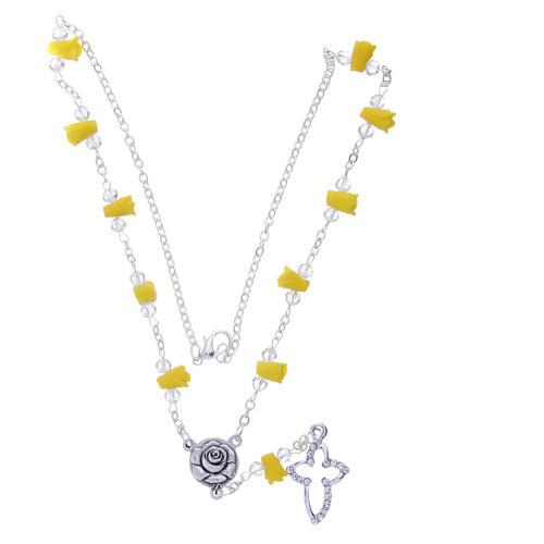 Collier chapelet Medjugorje jaune roses céramique croix avec cristaux 3