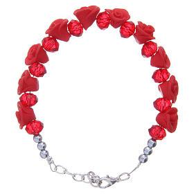 Bracelets, dizainiers: Bracelet Medjugorje roses rouges céramique grains cristal