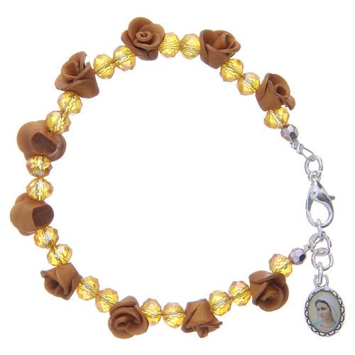Bracelet Medjugorje couleur ambre avec grains cristal 1