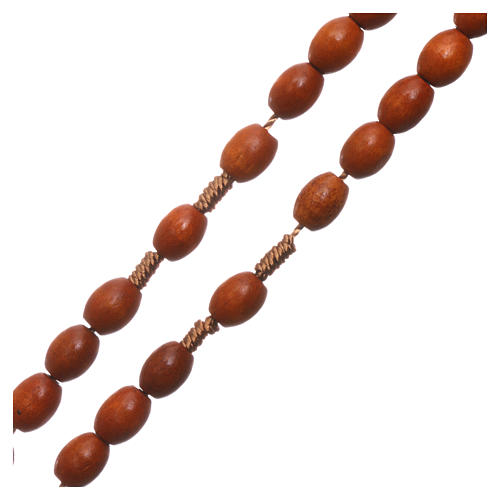 Medjugorje rosary in wood with natural colour grains 3